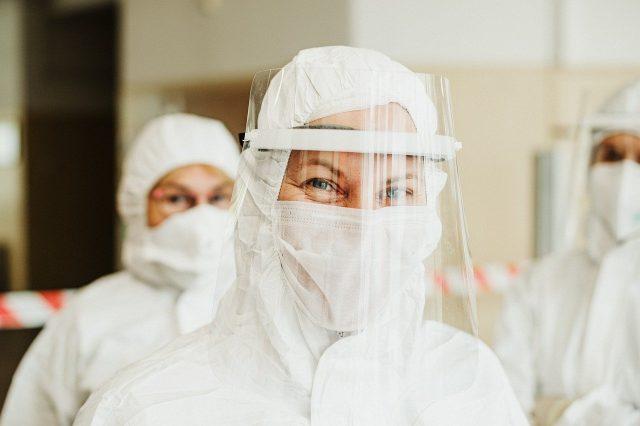 Covid-19 Virüsünün Sağlık Çalışanları Üzerindeki Etkisi