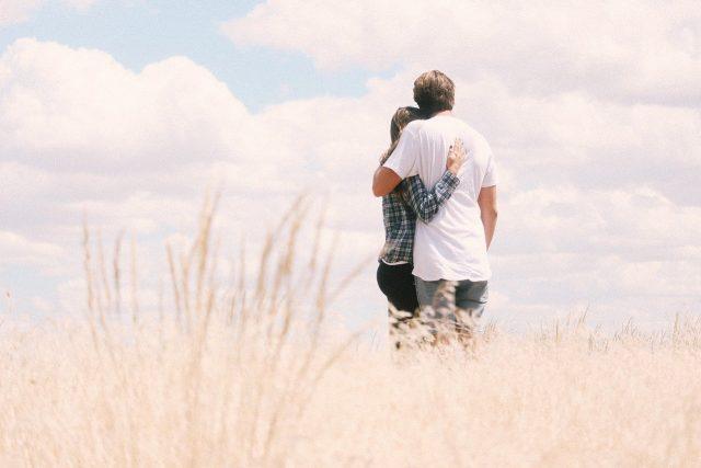 Bağlanma Stilleri İlişkileri Nasıl Etkiliyor?